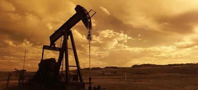 oil-pump-jack-1407715_12802